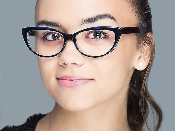6 zasad makijażu dla okularnicy Twoje Soczewki